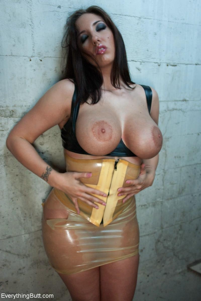 Kelly Divine порно модель