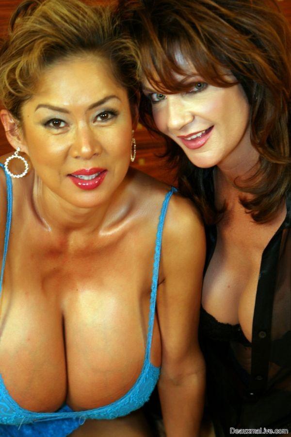 фото порно актрис с натуральной грудью