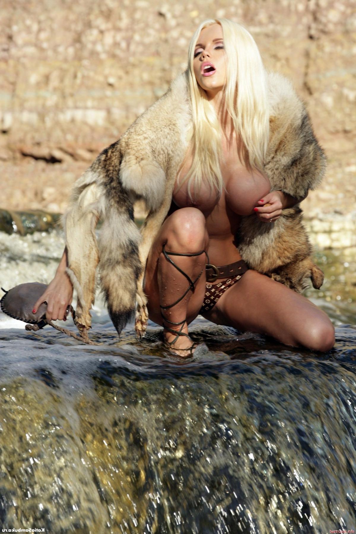 Катя самбука traxaetsya порно видео