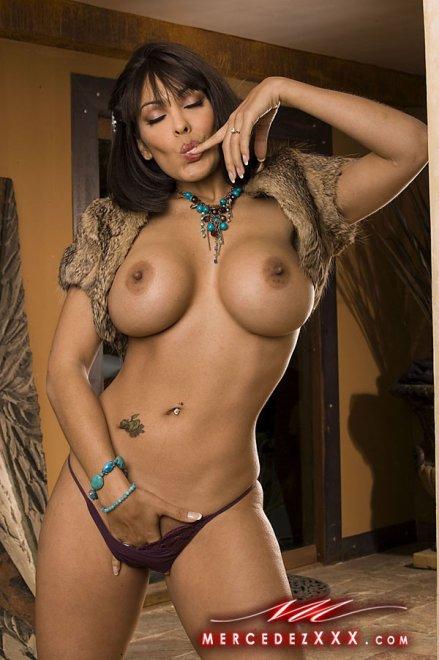Онлайн зрелая порно актриса нина харпер